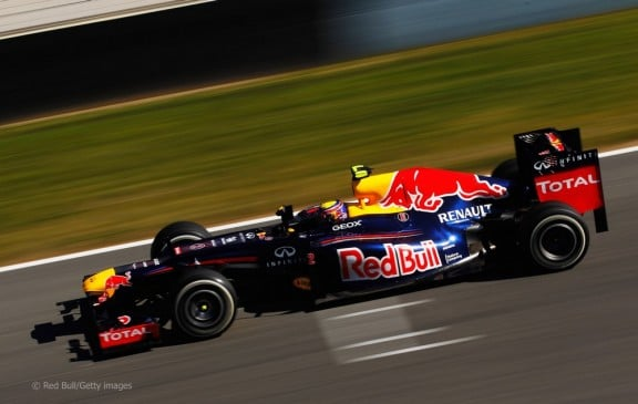 la red bull rb8 sur circuit grand prix