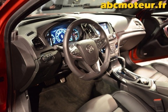 interieur-buick-regal-gs