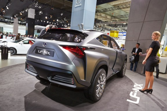 arriere-suv-LF-NX-Concept