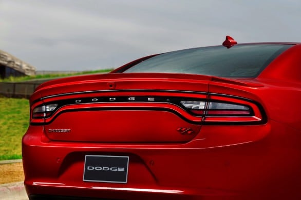 Dodge-Charger-feux ar
