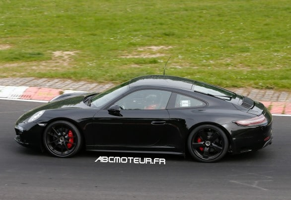 spy Porsche 911 GTS Coupe