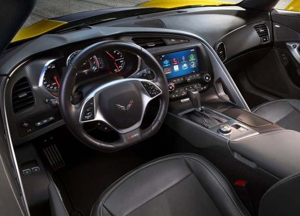 interieur Chevrolet-Corvette-Z06-2015