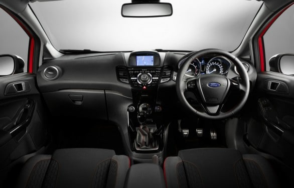 interieur Ford Fiesta Red Edition Black Edition