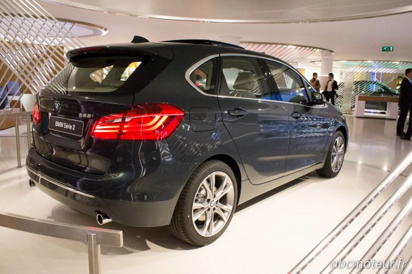 vue 3-4 ar BMW Serie 2 Active Tourer