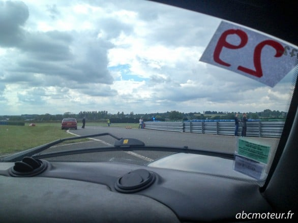 entree piste Magny-Cours club Lotus Elise 111R