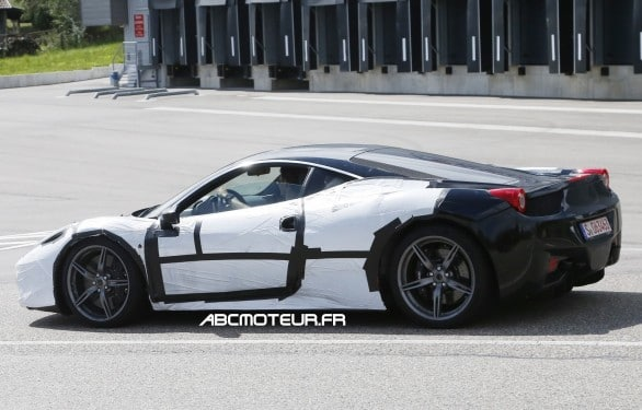 photo volee Ferrari 458 M