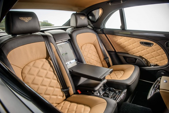 places ar Bentley-Mulsanne Speed