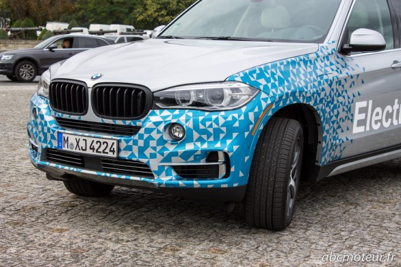 avant BMW X5 hybride rechargeable