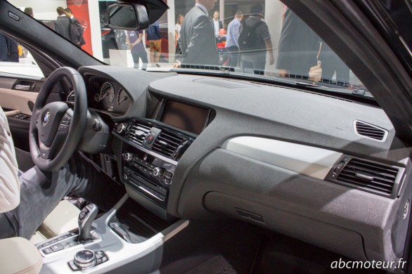 interieur BMW X4 Paris 2014