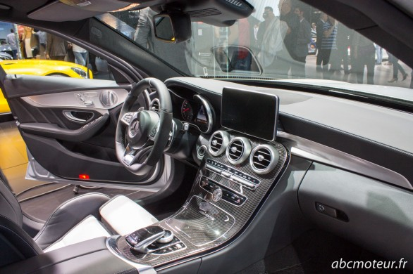 interieur Mercedes C 63 AMG break Paris 2014