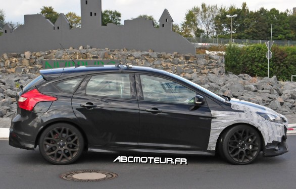 profil proto Ford Focus RS