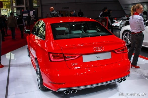 vue arriere Audi S3 Berline Paris 2014
