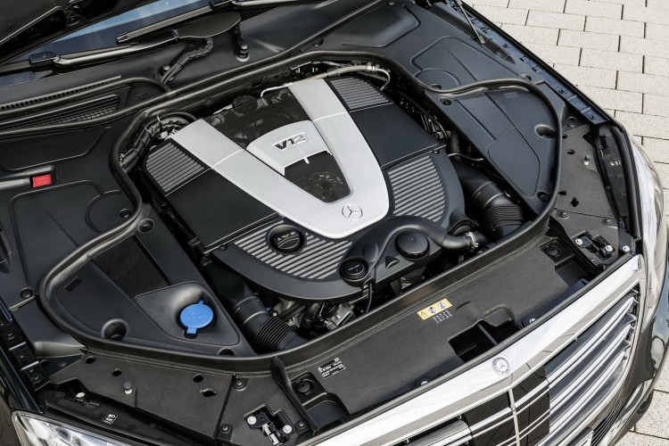 moteur V12 Maybach-Mercedes-Classe S