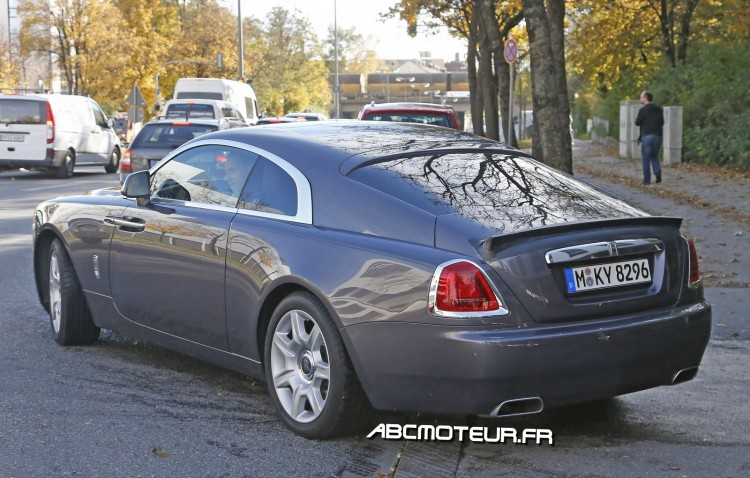 vue 3-4 arriere Rolls Royce Wraith V-Specification
