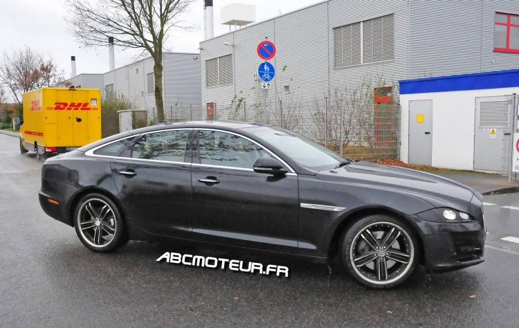 photo espion Jaguar XJ