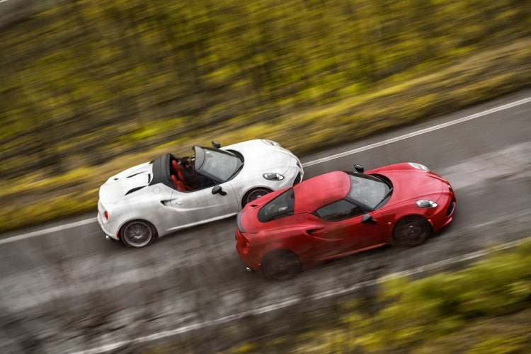 Alfa Romeo 4C coupe VS 4C Spider-2