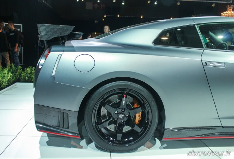 aile arriere Nissan GT-R Nismo