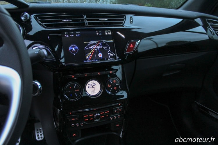 console centrale DS 3 Cabrio restylee