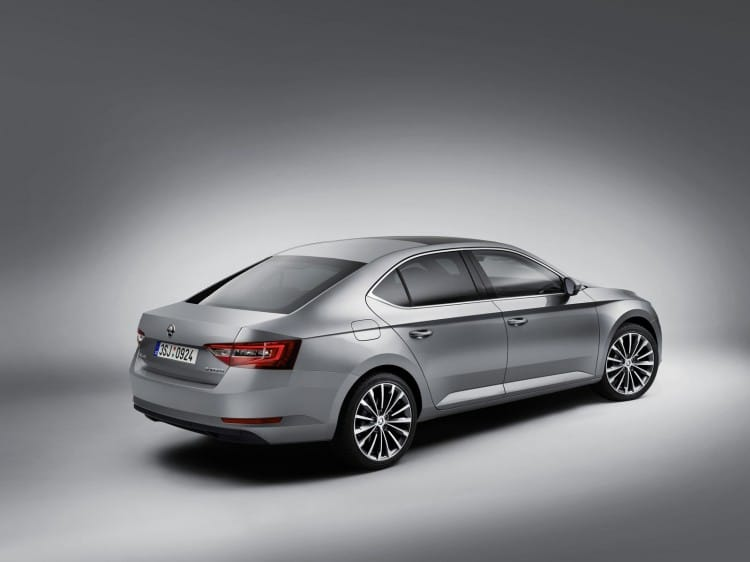 Nouvelle Skoda Superb 2015 - 11