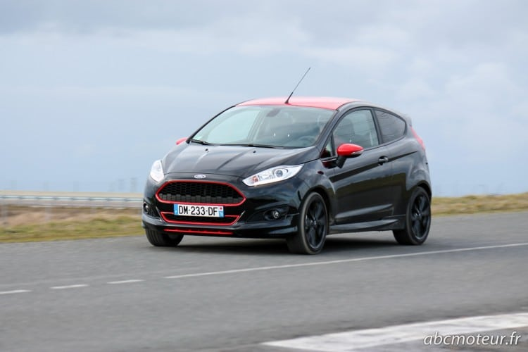 dynamique Ford Fiesta Black Edition