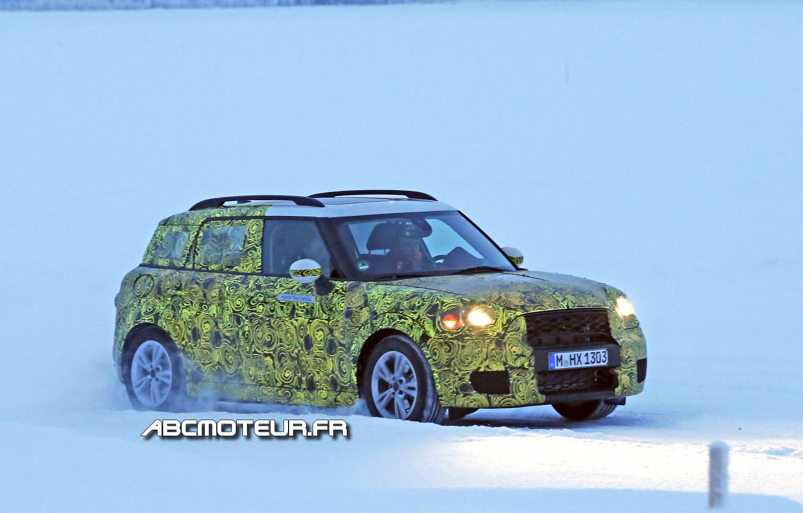 Spy-shots : le MINI Countryman s'électrifie