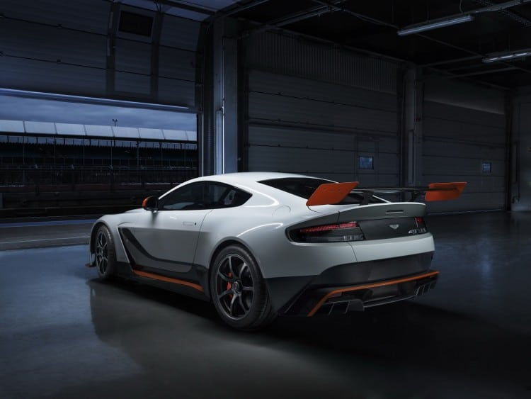 vue 3-4 arriere Aston-Martin-GT3 Special Edition