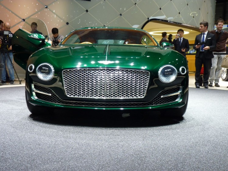 Bentley Exp 10 Speed 6 - 8