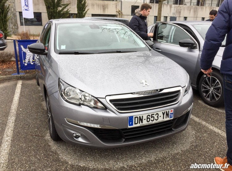 Peugeot 308 test Michelin CrossClimate