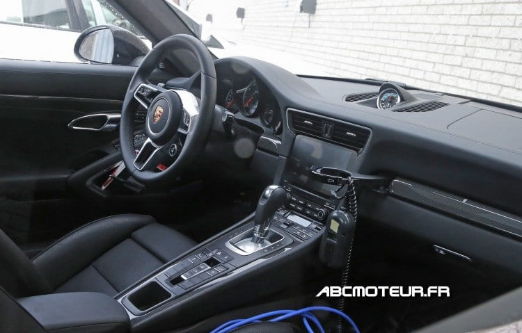 interieur Porsche 911 Turbo 2015