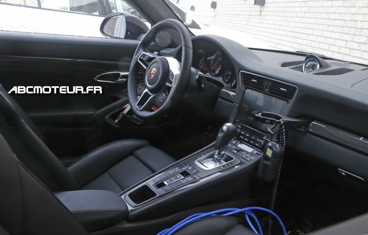 interieur Porsche 911 Turbo restylee