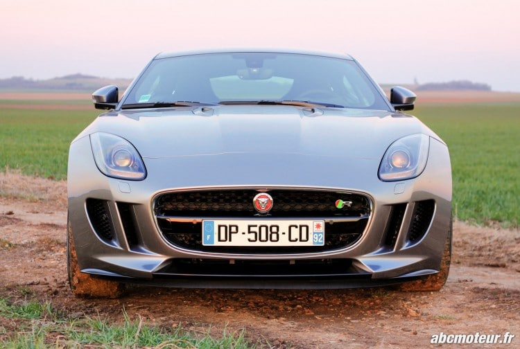 avant Jaguar F-Type R Coupe