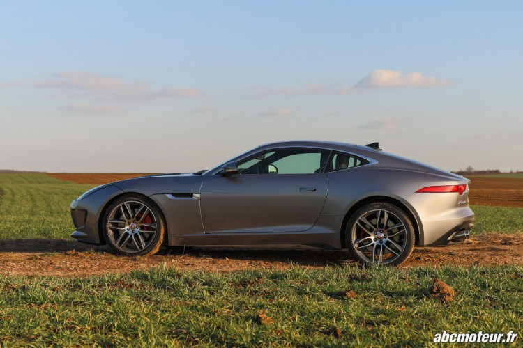 profil Jaguar F-Type R Coupe
