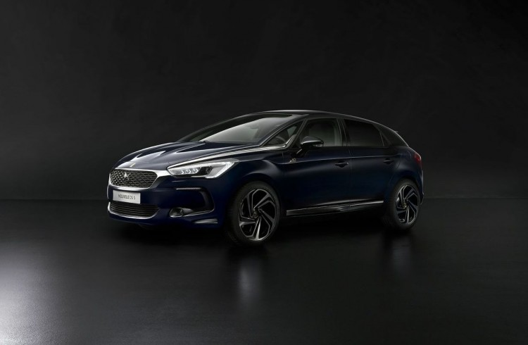 Ds 5-Editions-60-Ans-2015