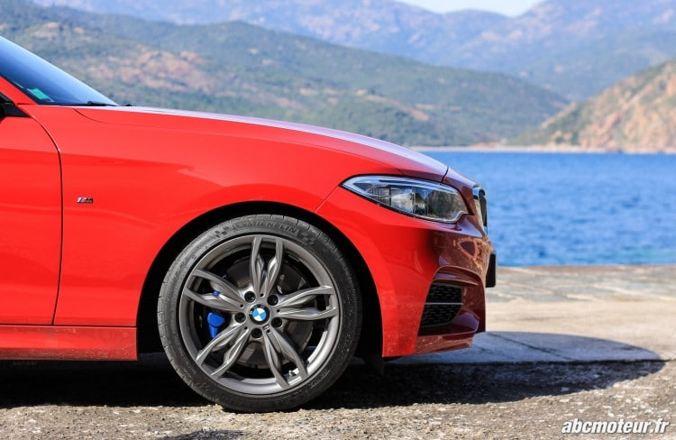 aile avant BMW M235i Cabriolet-2