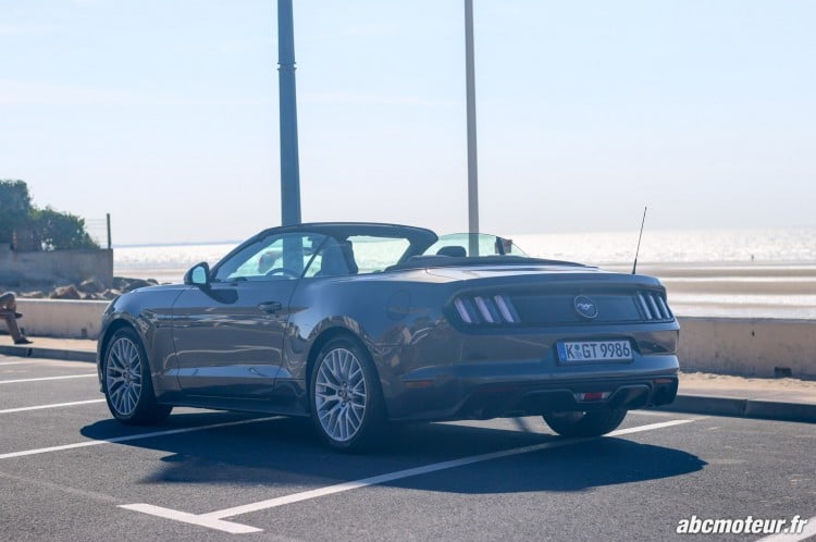 Ford Mustang Convertible EcoBoost-exterieur-3