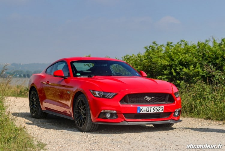 Ford Mustang Fastback GT exterieur-12
