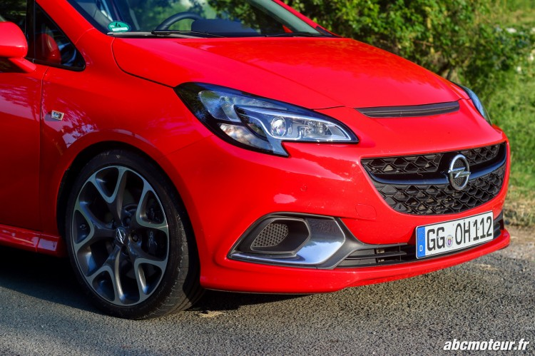 proue Opel Corsa OPC 207 ch Pack Performance