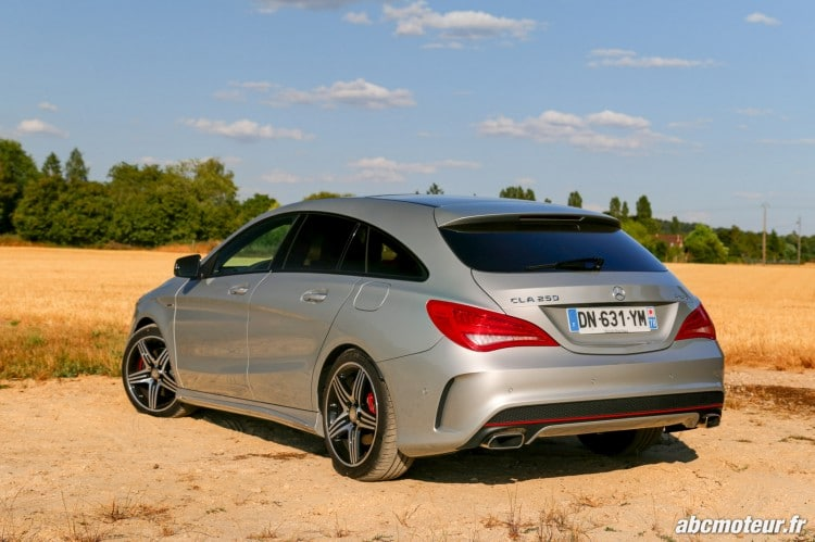 Mercedes CLA 250 Shooting Brake 4Matic Version Sport 3-4 arriere