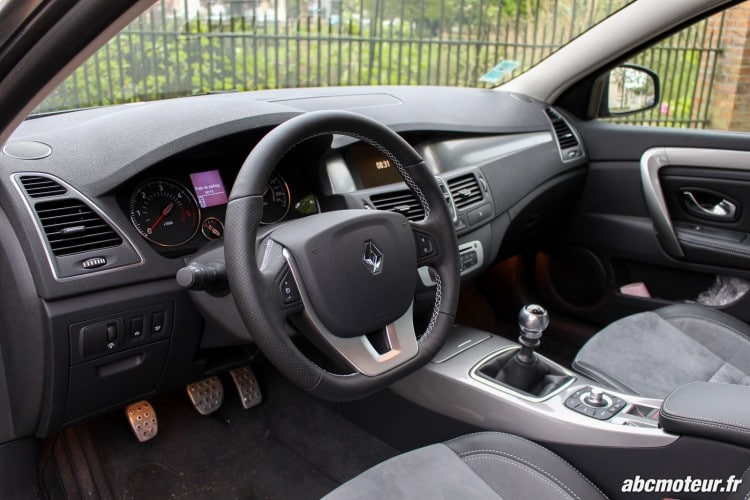 Renault Laguna Estate interieur