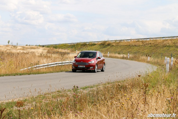 Ford C-Max II restyle dynamique-3