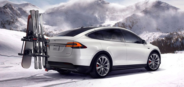 Le Model X est disponible en transmission 4x4