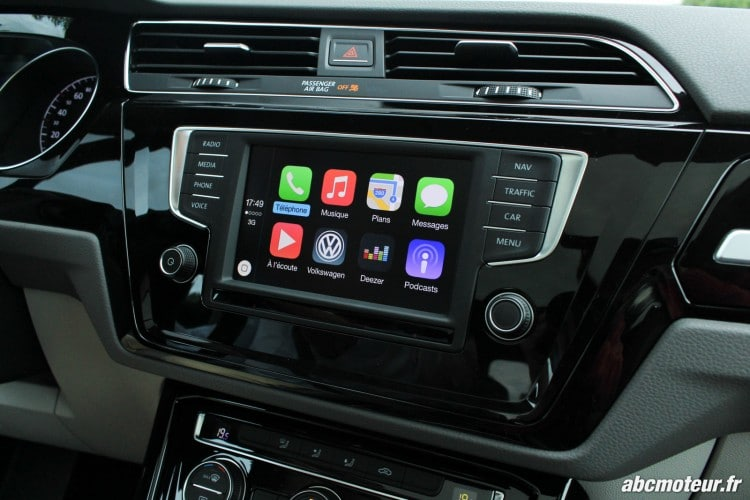 CarPlay d'Apple sur l'ordinateur de bord du Touran