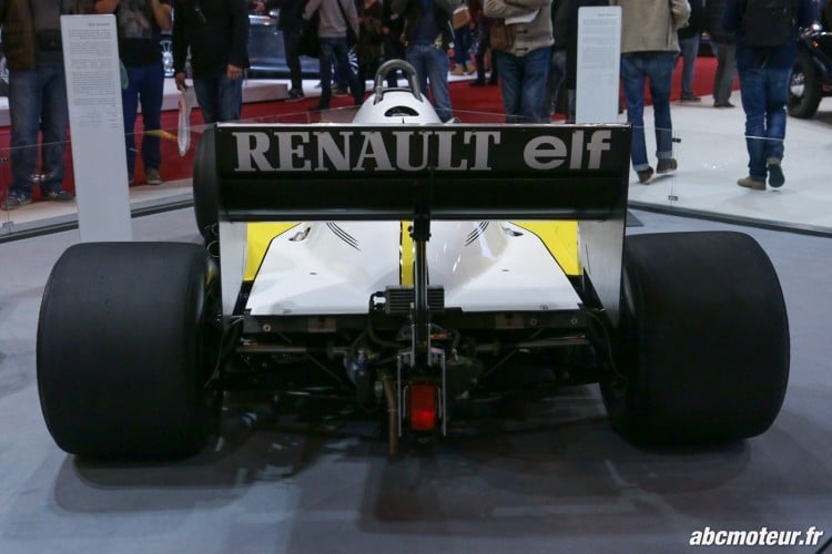 Renault RE40 arriere