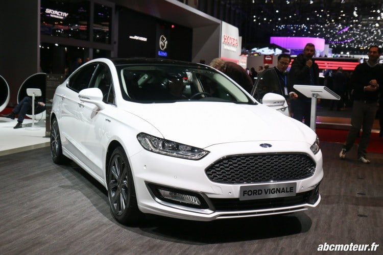 Ford Mondeo Vignale Geneve 2016-5