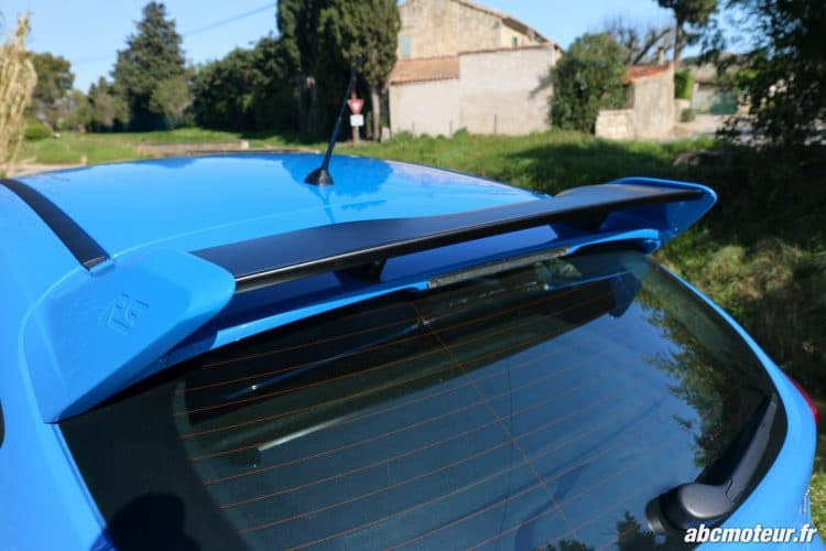Ford Focus RS 3 aileron arriere