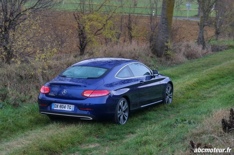 Mercedes Classe C Coupe 220 d Executive 3-4 arriere
