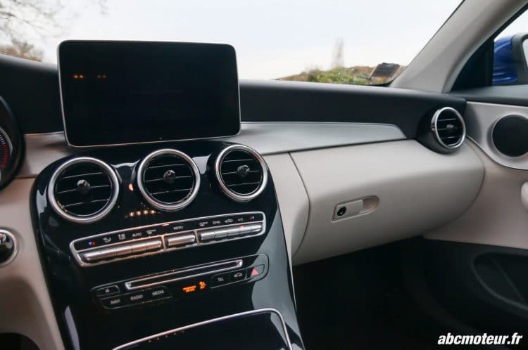 Mercedes Classe C Coupe 220 d Executive console centrale