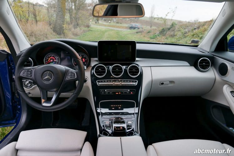 Mercedes Classe C Coupe 220 d Executive interieur