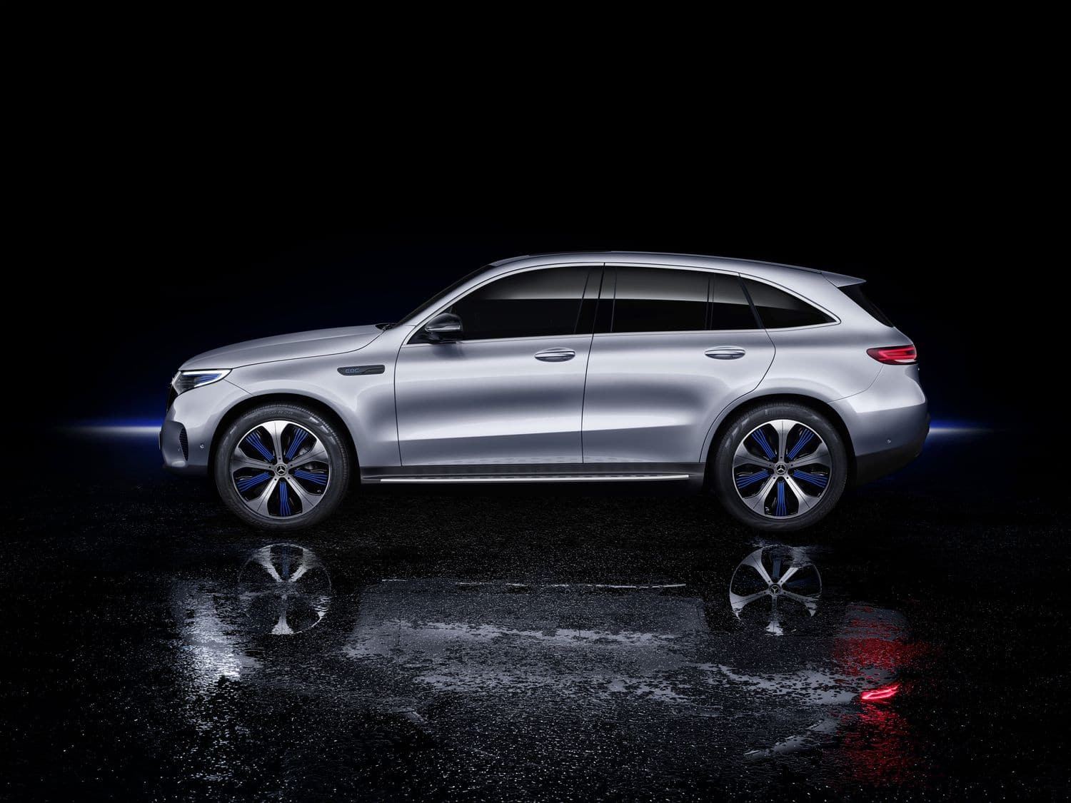 Der neue Mercedes-Benz EQC - der erste Mercedes-Benz der Produkt- und Technologiemarke EQThe new Mercedes-Benz EQC - the first Mercedes-Benz under the product and technology brand EQ