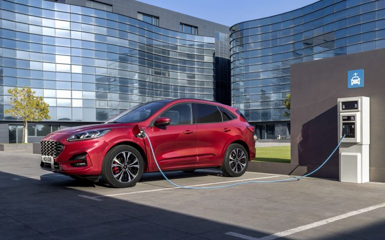 Ford Kuga 2019 - Recharge hybride